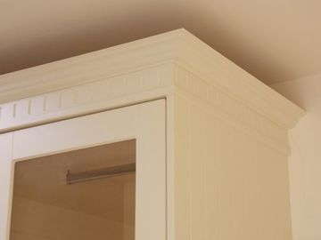 Wardrobe Room Raised Panel Ivory
