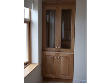 Display Cabinets Raised Panel Oak