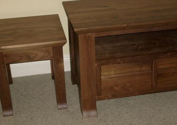 Solid Display TV Storage Cabinets Coffee Tables In Walnut